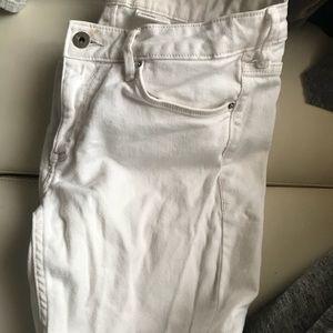 Denim - Super cute all white jeans